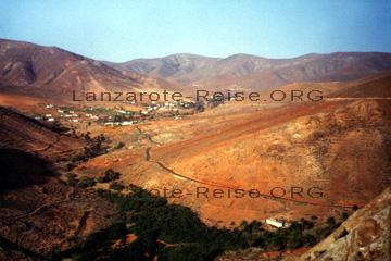 Aussichtspunkt auf der kanarischen Insel Fuerteventura in den Montanas.
