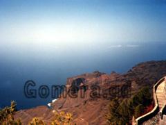 La Gomera, Vogelperspektive auf das Valle Gran Rey und den Atlantik.