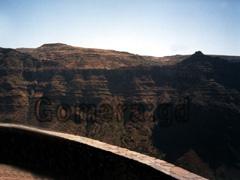 La Gomera, Aussichtsbalkon an der Schlucht vom Valle Gran Rey auf La Gomera, den man bei einer Wanderung von La Calera gut erreichen kann.
