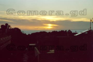 Einer der schönen Sonnenuntergänge auf der Insel La Gomera von unser Ferienwohnung aus betrachtet. Daran kann man sich im Urlaub nie richtig satt sehen.