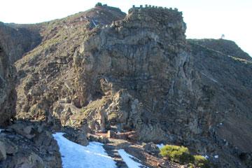 La Palma Schnee auf dem Weg zum Aussichtspunkt auf dem höchsten Berg der Insel auf den Kanaren, dem Roque de los Muchachos, das Bild entstand am 02. März 2014 bei einer unserer La Palma Reisen.