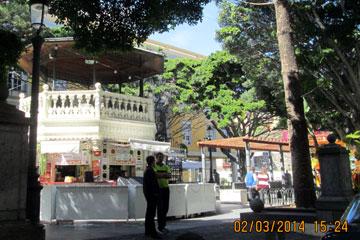 Orientalisches Cafe in der Inselhauptstadt Santa Cruz de la Palma, Spanien am Plaza de La Alameda.