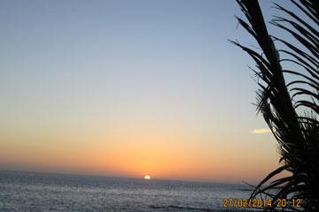 La Palma Sonnenuntergang - wie man auf dem Bild erkennen kann keine einzige Wolke am Himmel gegen Ende Februar 2014.