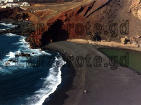 El Golfo, Kratersee Vogelperspektive, Kanarische Insel Lanzarote.
