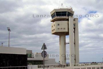 Tower vom Flughafen auf der Kanarischen Insel Lanzarote.